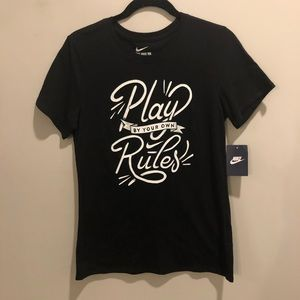 Nike play be your own rules t shirt black NWT
